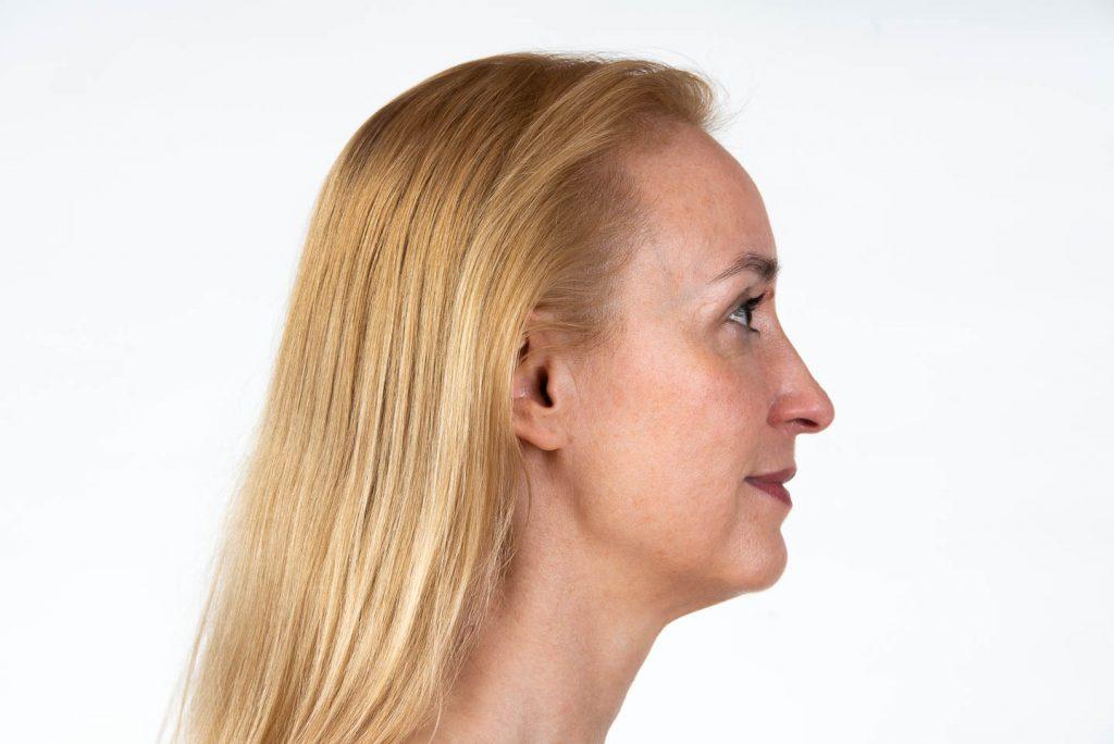 Face Yoga: Der Blick zur Seite, Der Blick nach vorne